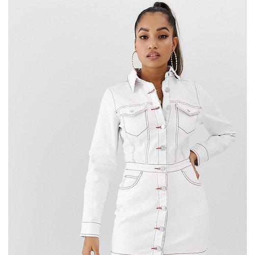 Robe chemise en jean - Missguided Petite - Modalova
