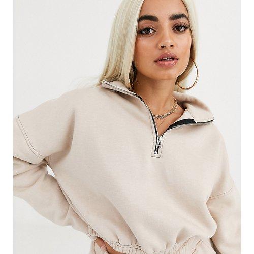 Sweat-shirt court d'ensemble avec col zippé - Sable - Missguided Petite - Modalova