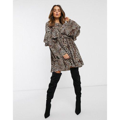 - Robe babydollplissée à motif léopard - Missguided - Modalova
