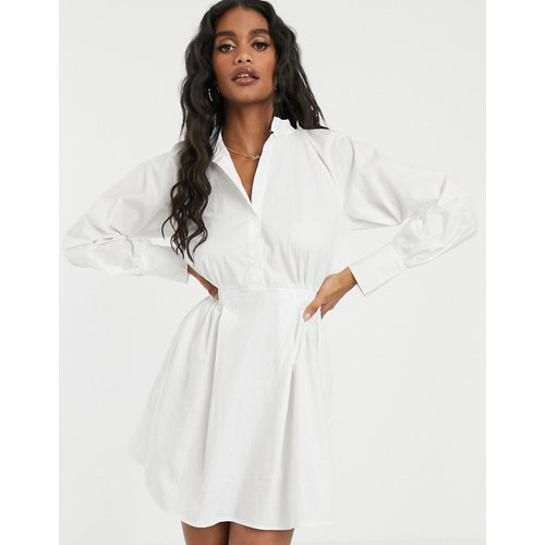 Robe chemise en popeline à taille élastiquée - Missguided - Modalova