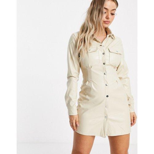 Robe chemise plissée en PU - - Missguided - Modalova