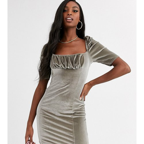 Robe courte en velours - Argenté - Missguided Tall - Modalova