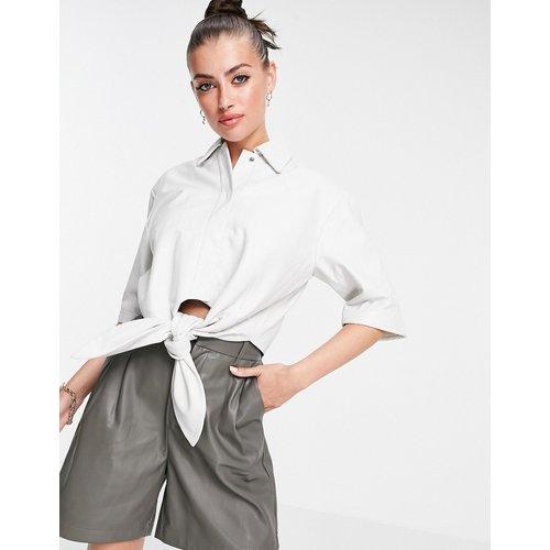 Isabelle - Chemise courte en cuir nouée à l'avant - Muubaa - Modalova