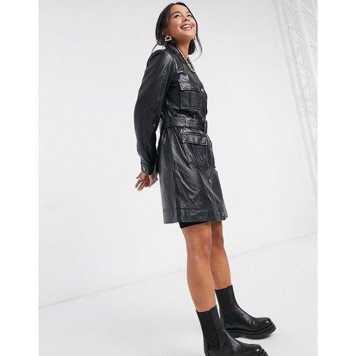 - Veste en cuir style fonctionnel avec ceinture nouée à la taille - Muubaa - Modalova