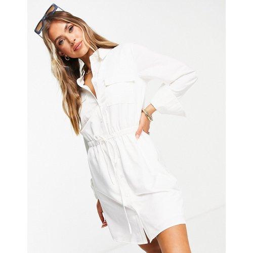 Robe chemise cintrée - NA-KD - Modalova