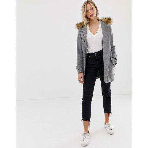 Manteau à grandes poches et capuche en fausse fourrure - Naf Naf - Modalova
