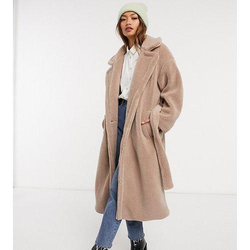 Manteau oversize en tissu éponge à ceinture - Native Youth - Modalova