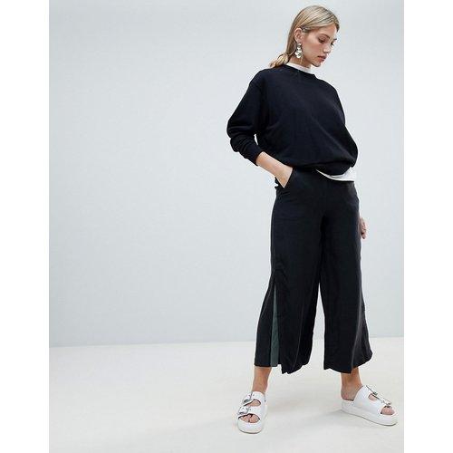 Pantalon large à empiècement évasé et contrastant - Native Youth - Modalova
