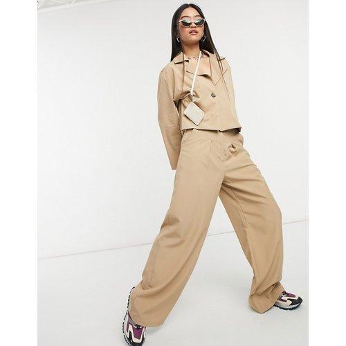 Pantalon ultra ample à taille haute plissée (pièce d'ensemble) - Native Youth - Modalova