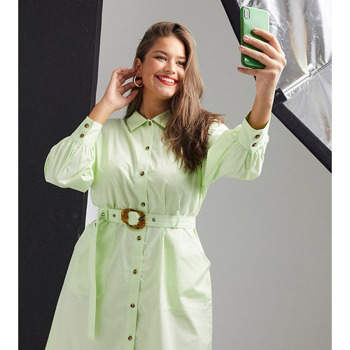 Robe chemise à ceinture avec boutons contrastants - Native Youth Plus - Modalova