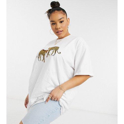 T-shirt ultra oversize à motifs léopards - Native Youth Plus - Modalova