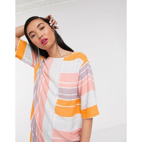 Robe courte droite décontractée à rayures de couleur vive - Native Youth - Modalova