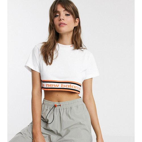 Utility Pack - T-shirt crop top - - Exclusivité ASOS - New Balance - Modalova