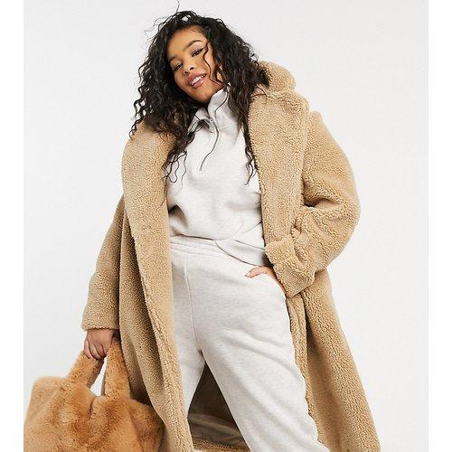 New Look Curve - Manteau long imitation peau de mouton duveteux - Taupe - New Look Plus - Modalova