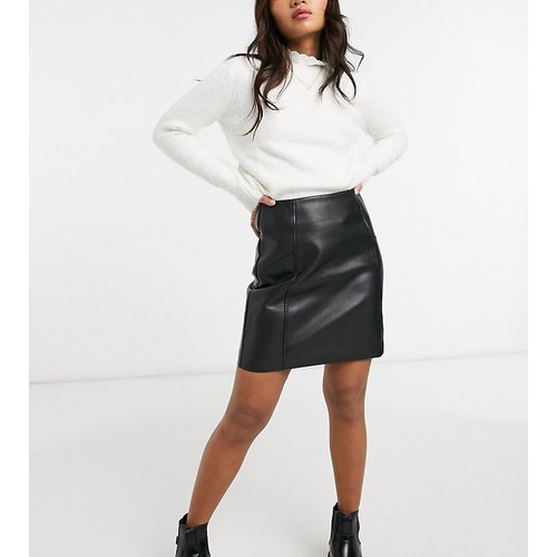 Mini-jupe en imitation cuir - New Look Petite - Modalova