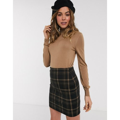 Pull en tricot fin à encolure haute - Taupe - New Look - Modalova