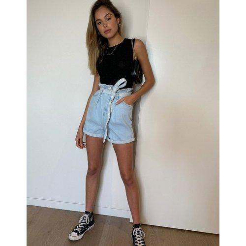 Short en jean taille haute froncée noué à la taille - clair - New Look - Modalova