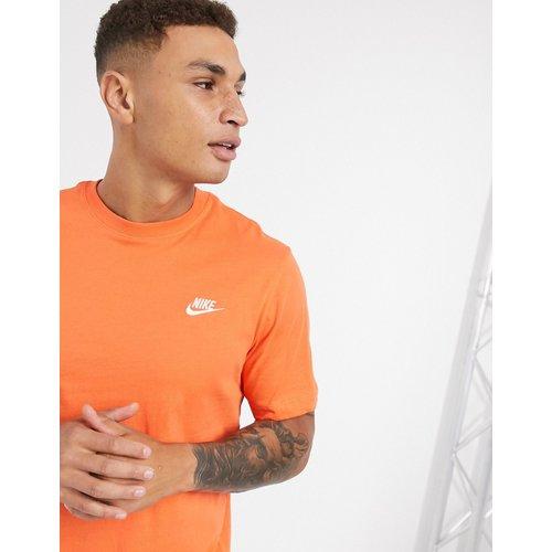 Nike - Club - T-shirt - Orange - Nike - Modalova