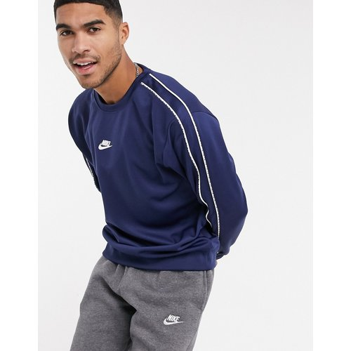 Repeat Pack - Sweat ras de cou en maille de polyester avec bande à logo - Bleu marine - Nike - Modalova