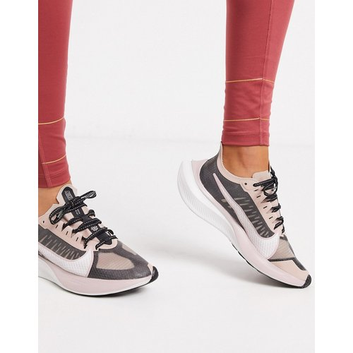 Zoom Gravity - Baskets - Noir et or - Nike Running - Modalova