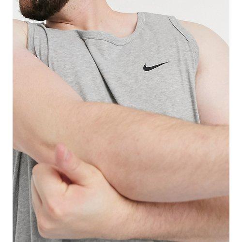 Plus - Essential - Débardeur avec virgule - Nike Training - Modalova