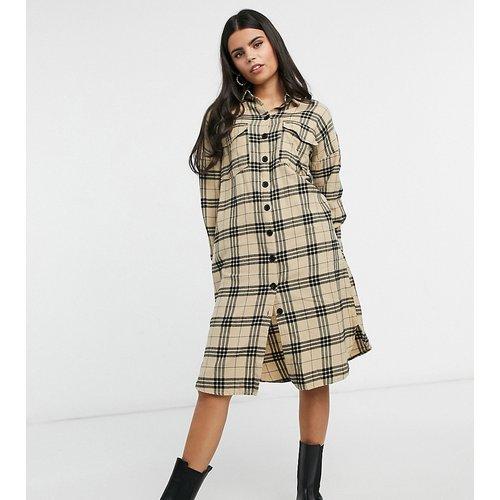 Robe chemise longue à carreaux - Camel - Noisy May Petite - Modalova