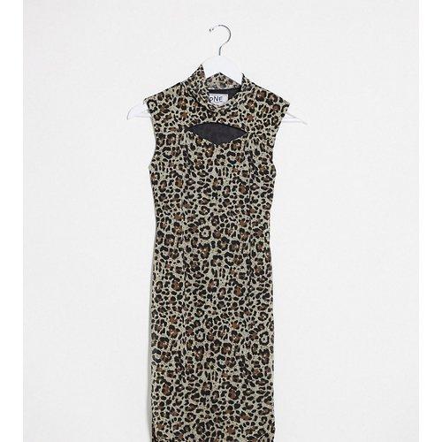 Robe courte moulante à encolure montante avec découpes - Maille léopard - One Above Another - Modalova