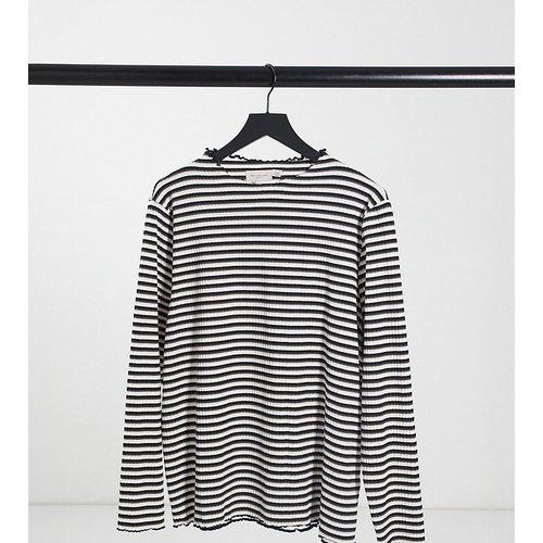 T-shirt rayé à manches longues et ourlet ondulé - Only Curve - Modalova