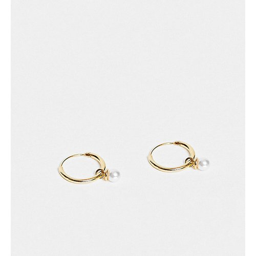 Petites créoles avec mini pendant perle en plaqué or - Orelia - Modalova