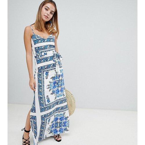 Robe longue imprimée à fines bretelles - Parisian Petite - Modalova