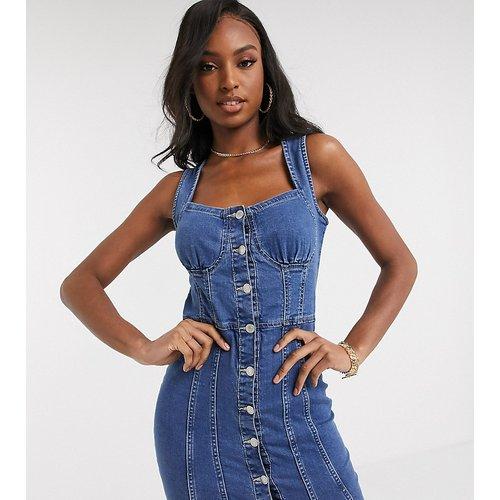 Robe courte boutonnée en jean - délavé moyen - Parisian Tall - Modalova