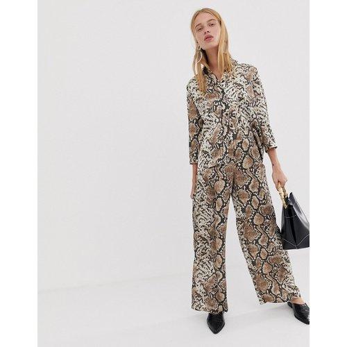 Pantalon large à imprimé serpent - Pieces - Modalova