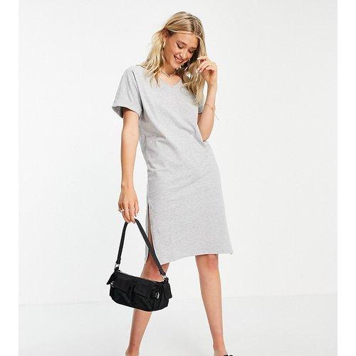 Robe t-shirt mi-longue à col V - chiné - Pieces Tall - Modalova