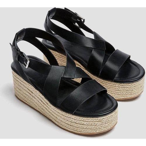 Chaussures compensées style espadrilles à semelle plateforme - Pull&Bear - Modalova