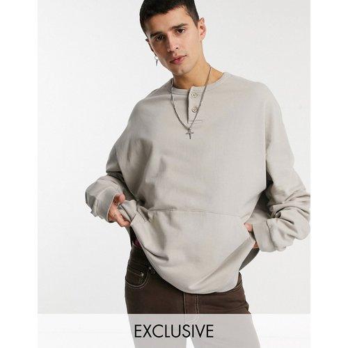 Inspired - Sweat-shirt à détail boutonné - clair - Reclaimed Vintage - Modalova