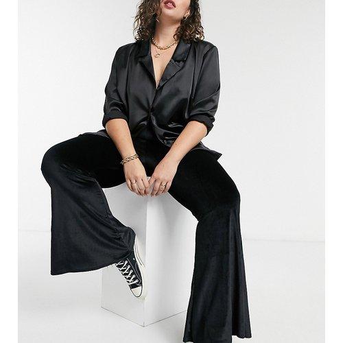 Pantalon évasé en velours - Rokoko Plus - Modalova