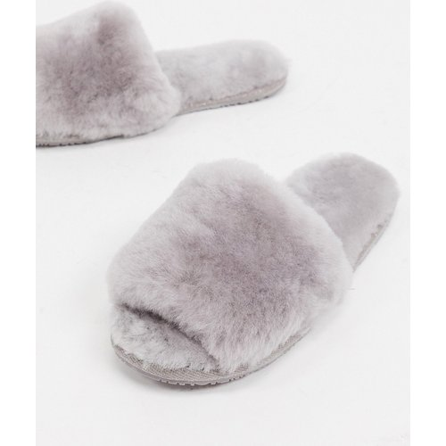 Isotoner - Chaussons à bout ouvert style mules - clair - Sheepskin by Totes - Modalova