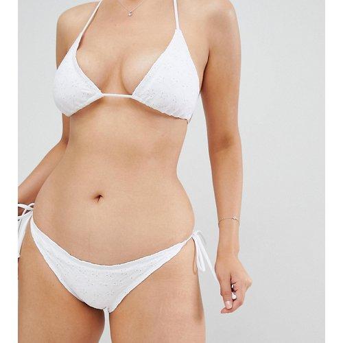 Bas de bikini brodé à bord volanté - South Beach - Modalova