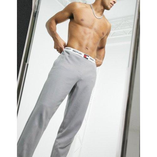 Jogger de confort avec ceinture logo - Crème - Tommy Hilfiger - Modalova