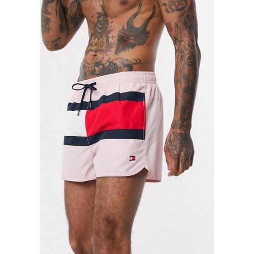 Short de bain style running avec logo drapeau - Tommy Hilfiger - Modalova