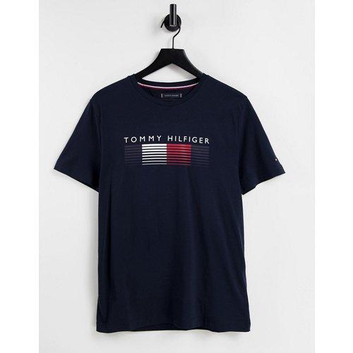 T-shirt avec logo effacé sur la poitrine - Bleu - Tommy Hilfiger - Modalova
