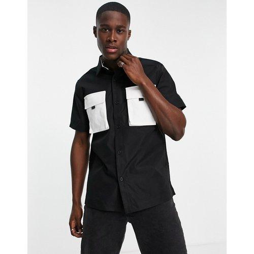 Chemise à manches courtes avec poches contrastées - Topman - Modalova