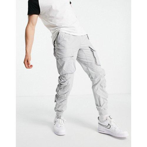 Pantalon cargo décontracté en nylon avec poches multiples - Topman - Modalova
