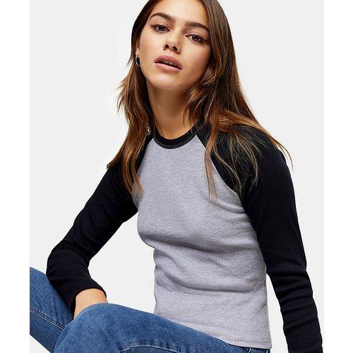 T-shirt manches longues style baseball - Gris - Topshop Petite - Modalova