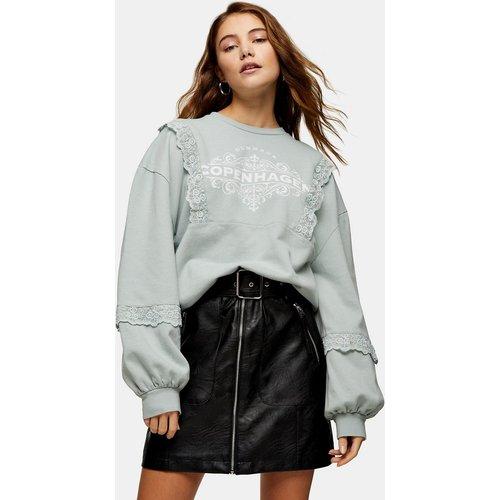 Sweat-shirt à inscription Copenhagen et dentelle - sauge - Topshop - Modalova