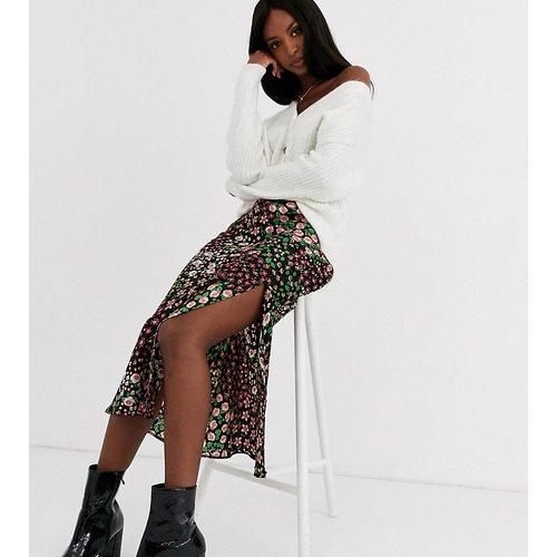 Jupe mi-longue coupée en biais à motif fleuri style patchwork - Topshop Tall - Modalova