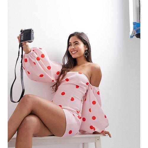 Robe courte à pois oversize avec manches ballon et encolure Bardot - Exclusivité - True Violet - Modalova