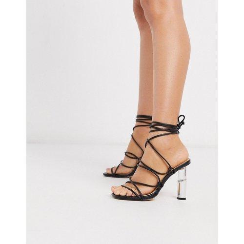 Sandales à talons avec liens à nouer aux chevilles et talons transparents - Truffle Collection - Modalova