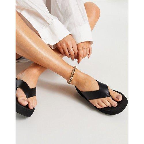 Sandales style tongs à semelle plateforme - Truffle Collection - Modalova