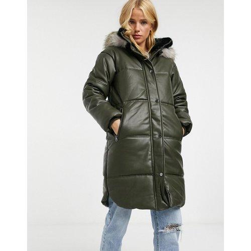 Parker - Manteau en similicuir avec capuche en fausse fourrure - Kaki - Urbancode - Modalova